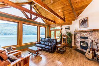 Photo 3: 8 6432 Sunnybrae Canoe Pt Road in Tappen: Steamboat Shores House for sale (Tappen-Sunnybrae)  : MLS®# 10116220