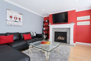 Photo 6: 16836 57a Avenue in Cloverdale: Cloverdale BC House for sale : MLS®# R2041109