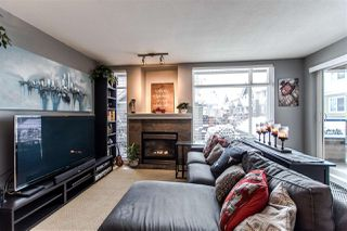 Photo 2: 208 3150 VINCENT STREET in Port Coquitlam: Glenwood PQ Condo for sale : MLS®# R2340425