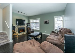 Photo 9: 19 2950 LEFEUVRE ROAD in Abbotsford: Aberdeen Townhouse for sale : MLS®# R2341349