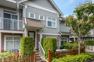 Photo 1: 29 6300 LONDON ROAD in Richmond: Steveston South Townhouse for sale : MLS®# R2374673