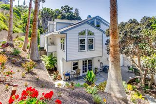 Main Photo: Twinhome for sale : 4 bedrooms : 958 Valley Ave in Solana Beach