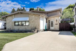 Photo 1: 21 Athlone Drive in Winnipeg: Grace Hospital Single Family Detached for sale (5F)  : MLS®# 1925273