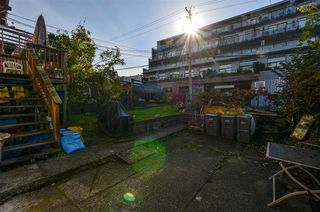 Photo 13: 2136 FRANKLIN Street in Vancouver: Hastings House for sale (Vancouver East)  : MLS®# R2416734