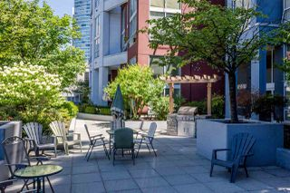 """Photo 17: 503 933 SEYMOUR Street in Vancouver: Downtown VW Condo for sale in """"THE SPOT"""" (Vancouver West)  : MLS®# R2419022"""