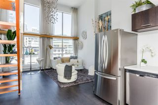 """Photo 2: 503 933 SEYMOUR Street in Vancouver: Downtown VW Condo for sale in """"THE SPOT"""" (Vancouver West)  : MLS®# R2419022"""