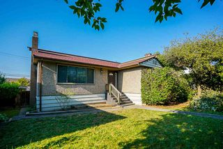 Main Photo: 3779 SUNSET Street in Burnaby: Burnaby Hospital House for sale (Burnaby South)  : MLS®# R2481232