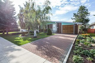 Photo 2: 7811 145 Avenue in Edmonton: Zone 02 House for sale : MLS®# E4208612