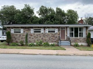 Photo 1: 333 South Foord Street in Stellarton: 106-New Glasgow, Stellarton Residential for sale (Northern Region)  : MLS®# 202017023