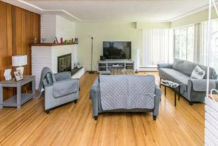 Photo 4: 92-94 GLOVER Avenue in New Westminster: GlenBrooke North Duplex for sale : MLS®# R2499483