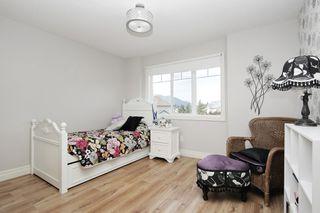 "Photo 20: 44494 ELSIE Place in Chilliwack: Sardis West Vedder Rd House for sale in ""PETERSBURG"" (Sardis)  : MLS®# R2500954"