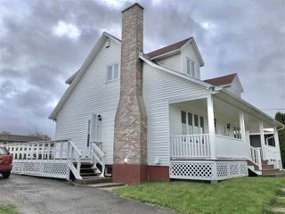 Photo 2: 9 Collins Drive in North Sydney: 205-North Sydney Residential for sale (Cape Breton)  : MLS®# 202021187