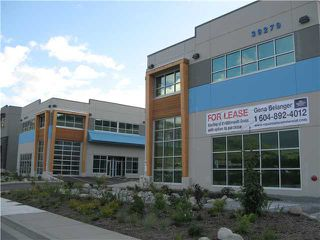 Photo 1: 105 39279 QUEENS Way in : Business Park Commercial for sale (Squamish)  : MLS®# V4032060