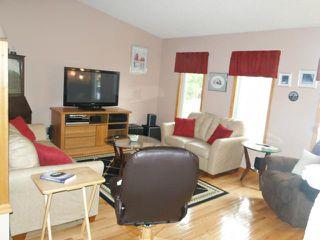 Photo 2: 43 Allendale Drive in WINNIPEG: Fort Garry / Whyte Ridge / St Norbert Residential for sale (South Winnipeg)  : MLS®# 1219639