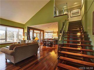 Photo 18: 922 W Garthland Place in VICTORIA: Es Kinsmen Park Residential for sale (Esquimalt)  : MLS®# 331905