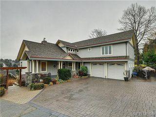 Photo 1: 922 W Garthland Place in VICTORIA: Es Kinsmen Park Residential for sale (Esquimalt)  : MLS®# 331905