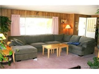 Photo 8: 9 60 Cooper Rd in : VR Glentana Manufactured Home for sale (View Royal)  : MLS®# 335575