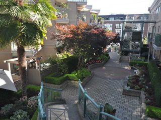 "Photo 6: 325 332 LONSDALE Avenue in North Vancouver: Lower Lonsdale Condo for sale in ""CALYPSO"" : MLS®# V1076735"