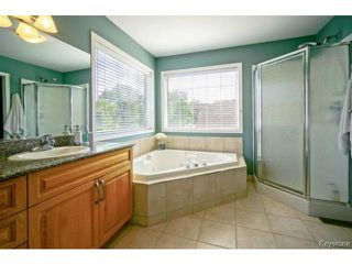 Photo 10: 6 Georges Forest Place in WINNIPEG: St Boniface Residential for sale (South East Winnipeg)  : MLS®# 1420365