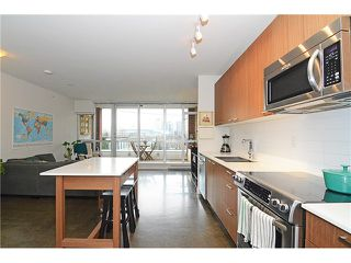 Photo 5: # 405 221 UNION ST in Vancouver: Mount Pleasant VE Condo for sale (Vancouver East)  : MLS®# V1103663