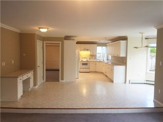 Photo 10: 23929 121 ST in Maple Ridge: East Central House for sale : MLS®# V1114186