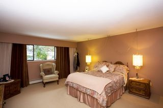 Photo 13: 429 Lakeview Street in Coquitlam: Central Coquitlam House for sale : MLS®# R2037527