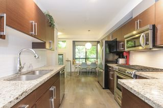 Photo 4: 116 1859 STAINSBURY AVENUE in Vancouver: Victoria VE Townhouse for sale (Vancouver East)  : MLS®# R2112169