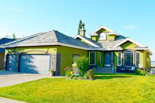 Main Photo: 12 NW Arbour Estates Green in Calgary: Arbour Lake Residential for sale : MLS®# C4203740