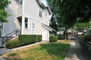 Photo 3: 28 23343 KANAKA WAY in Maple Ridge: Cottonwood MR Townhouse for sale : MLS®# R2303709