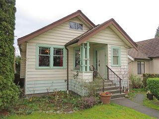 Main Photo: 2257 E 2ND AVENUE in Vancouver: Grandview VE House for sale (Vancouver East)  : MLS®# R2052995