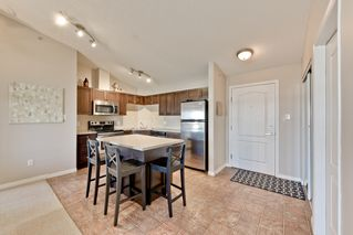 Photo 4: 1422 9363 Simpson Drive in Edmonton: South Terwillegar Condo for sale : MLS®# E4148861