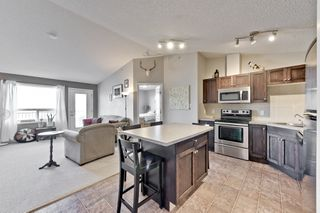 Photo 3: 1422 9363 Simpson Drive in Edmonton: South Terwillegar Condo for sale : MLS®# E4148861