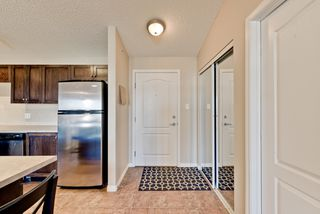 Photo 2: 1422 9363 Simpson Drive in Edmonton: South Terwillegar Condo for sale : MLS®# E4148861