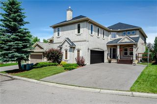 Photo 1: 107 MT DOUGLAS Court SE in Calgary: McKenzie Lake Detached for sale : MLS®# C4258150