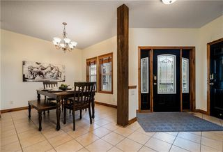 Photo 2: 107 MT DOUGLAS Court SE in Calgary: McKenzie Lake Detached for sale : MLS®# C4258150