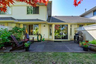 """Photo 16: 74 8737 212 Street in Langley: Walnut Grove Townhouse for sale in """"Chartwell Green"""" : MLS®# R2400095"""