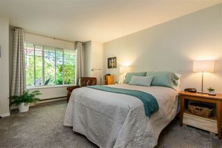 """Photo 10: 74 8737 212 Street in Langley: Walnut Grove Townhouse for sale in """"Chartwell Green"""" : MLS®# R2400095"""