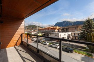 "Photo 20: 402 38013 THIRD Avenue in Squamish: Downtown SQ Condo for sale in ""THE LAUREN"" : MLS®# R2426985"