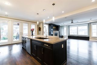 Photo 3: 579 NATHAN Place in Coquitlam: Central Coquitlam House for sale : MLS®# R2430373