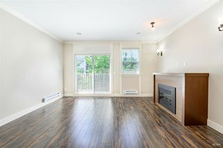 "Photo 2: 4 9391 ALBERTA Road in Richmond: McLennan North Townhouse for sale in ""WILD ROSE"" : MLS®# R2437720"