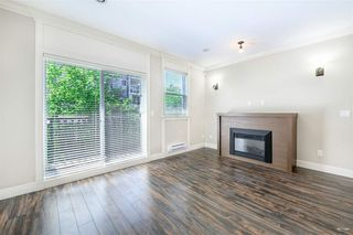 "Photo 3: 4 9391 ALBERTA Road in Richmond: McLennan North Townhouse for sale in ""WILD ROSE"" : MLS®# R2437720"