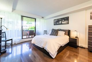 """Photo 13: 60 1425 LAMEY'S MILL Road in Vancouver: False Creek Condo for sale in """"Harbour Terrace"""" (Vancouver West)  : MLS®# R2478216"""