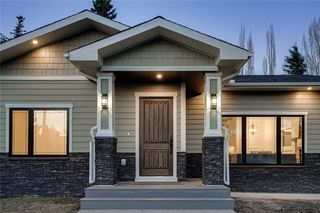 Photo 3: 6316 LONGMOOR Way SW in Calgary: Lakeview Detached for sale : MLS®# A1035588