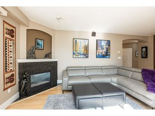 "Photo 6: 302 20120 56 Avenue in Langley: Langley City Condo for sale in ""Blackberry Lane 1"" : MLS®# R2506243"
