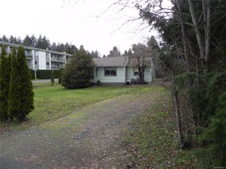 Photo 1: 210 Back Rd in : CV Courtenay East House for sale (Comox Valley)  : MLS®# 860950