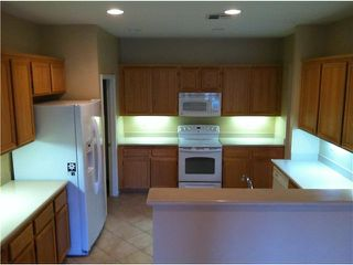 Photo 6: SAN MARCOS House for sale : 3 bedrooms : 272 Glendale Avenue