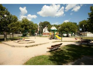 Photo 19: 232 Kitson Street in WINNIPEG: St Boniface Residential for sale (South East Winnipeg)  : MLS®# 1214325