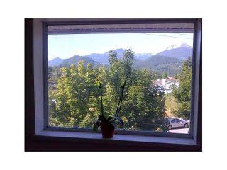 """Photo 10: 8 1700 MAMQUAM Road in Squamish: Garibaldi Estates Townhouse for sale in """"MOUNTAIN MEWS"""" : MLS®# V984133"""