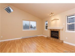 Photo 7: 1006 Isabell Ave in VICTORIA: La Walfred House for sale (Langford)  : MLS®# 627433
