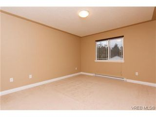 Photo 9: 1006 Isabell Ave in VICTORIA: La Walfred House for sale (Langford)  : MLS®# 627433